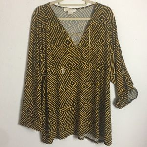 Michael Michael Kors tunic with gold chain.   3X